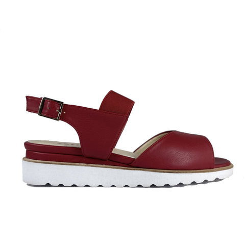 'Erica' low-platform vegan sandals by Zette Shoes - red