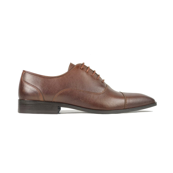 'Laurent' - cap-toe classic vegan oxford in chestnut by Zette Shoes - side view