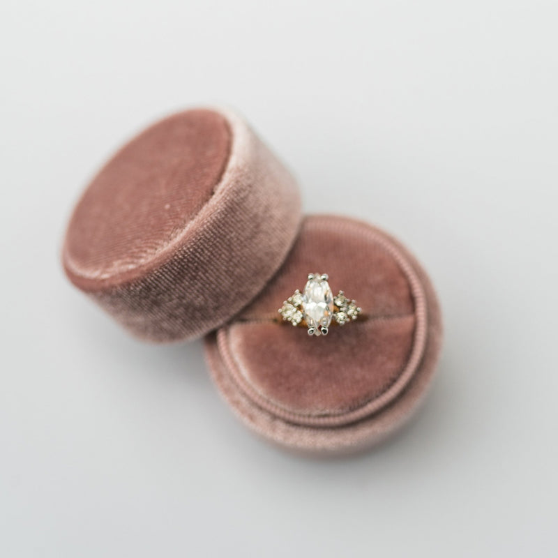 Dusty Rose Round Velvet Ring Box
