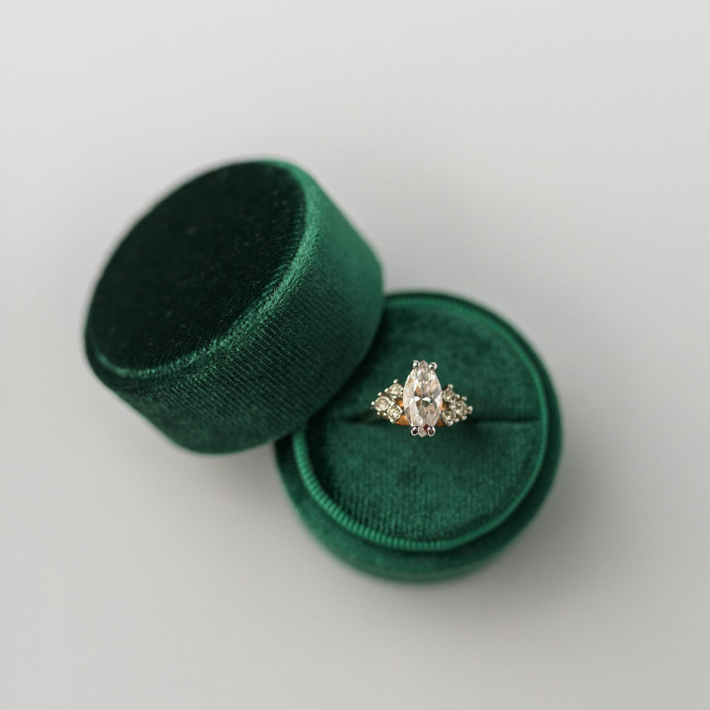 Emerald Green Round Velvet Ring Box