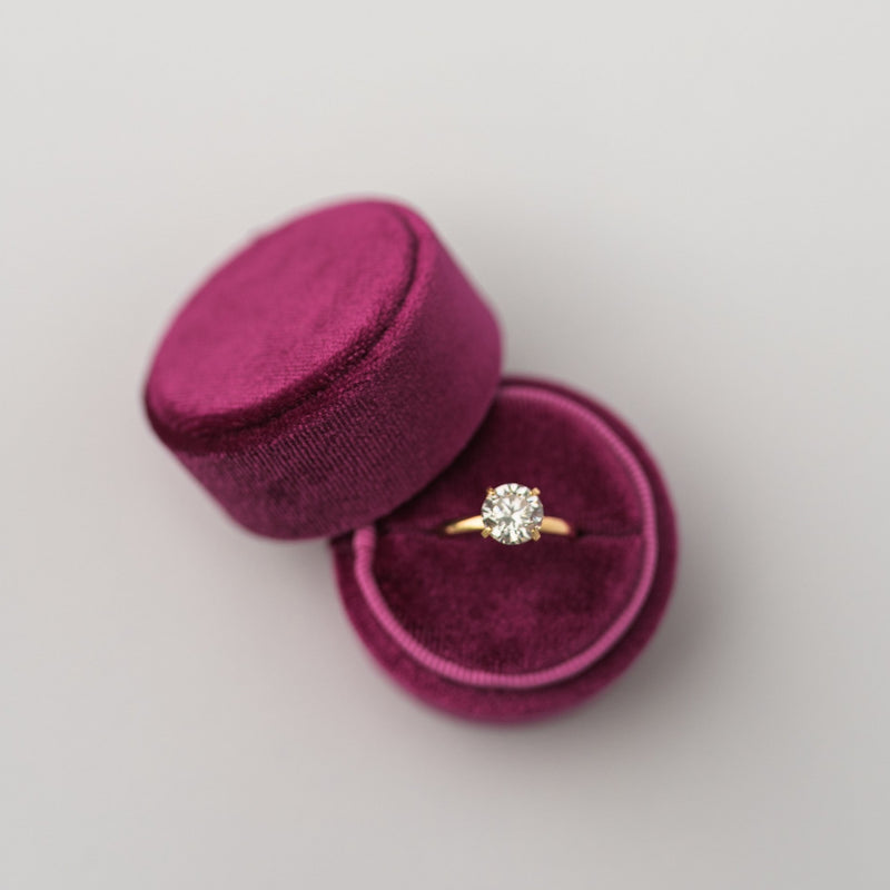 Fuchsia Round Velvet Ring Box