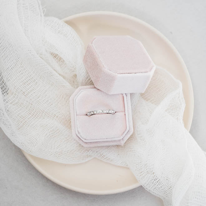 Lovely Ring Boxes Styling Ring