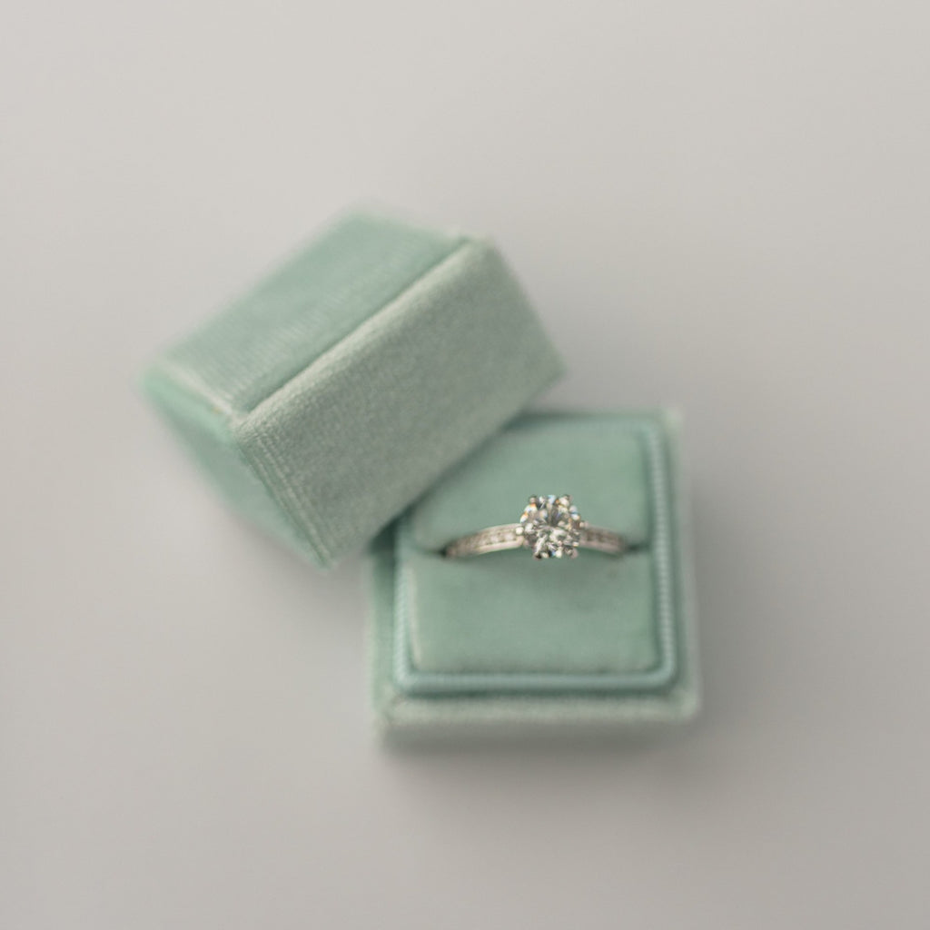 Mint Square Velvet Ring Box