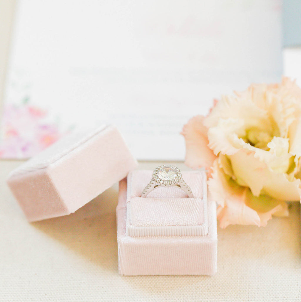 Peachy Cream Square Velvet Ring Box