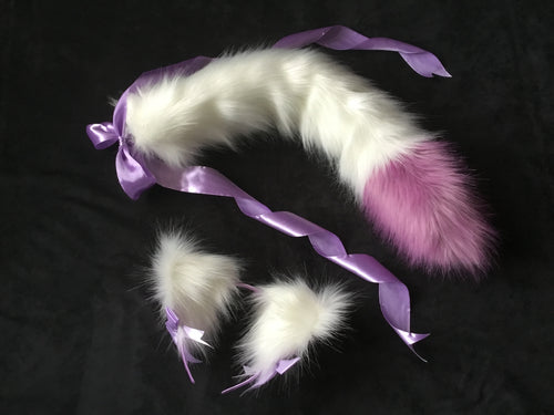 Stunning white & lilac kitten- wolf Play Set