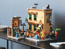 Load image into Gallery viewer, LEGO® Ideas 123 Sesame Street 21324