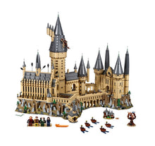 Load image into Gallery viewer, LEGO® Harry Potter™ Hogwarts™ Castle 71043