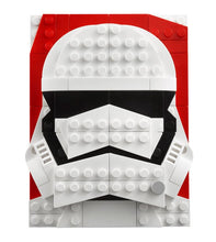 Load image into Gallery viewer, LEGO® Brick Sketches™ First Order Stormtrooper™ 40391