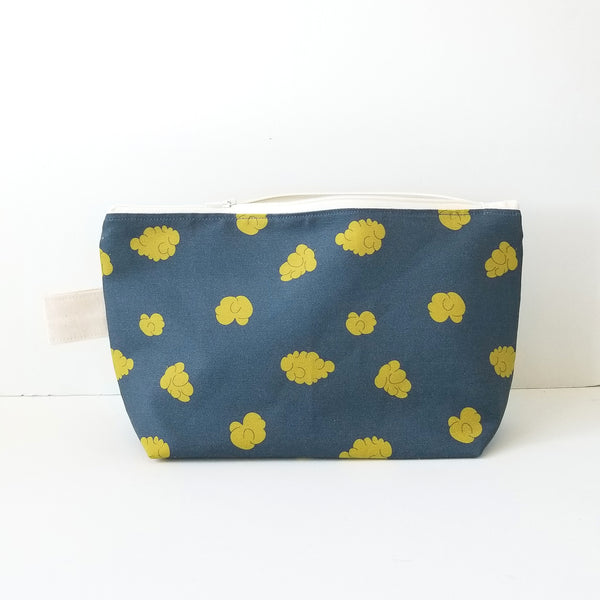 BODACIOUS BUDS TOILETRY BAG
