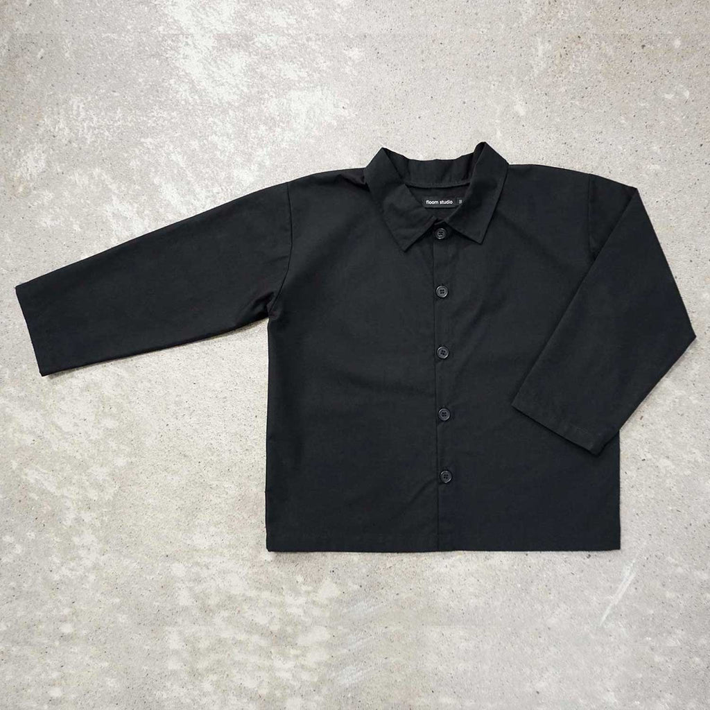 Black box-shaped shirt