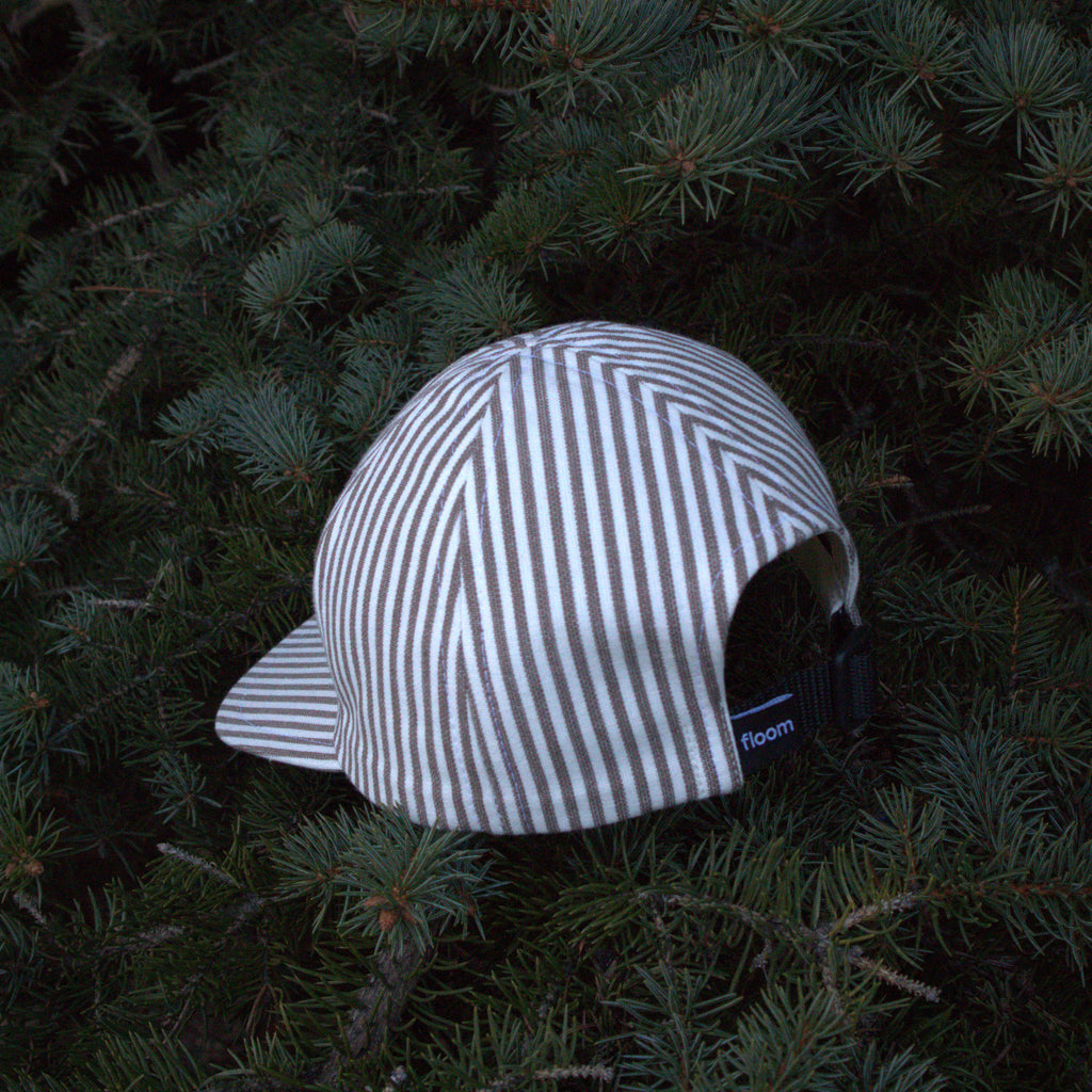 brown-white cap 6-panel