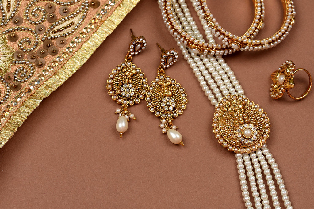 A Pearl Set for the Perfect Wedding in town!
