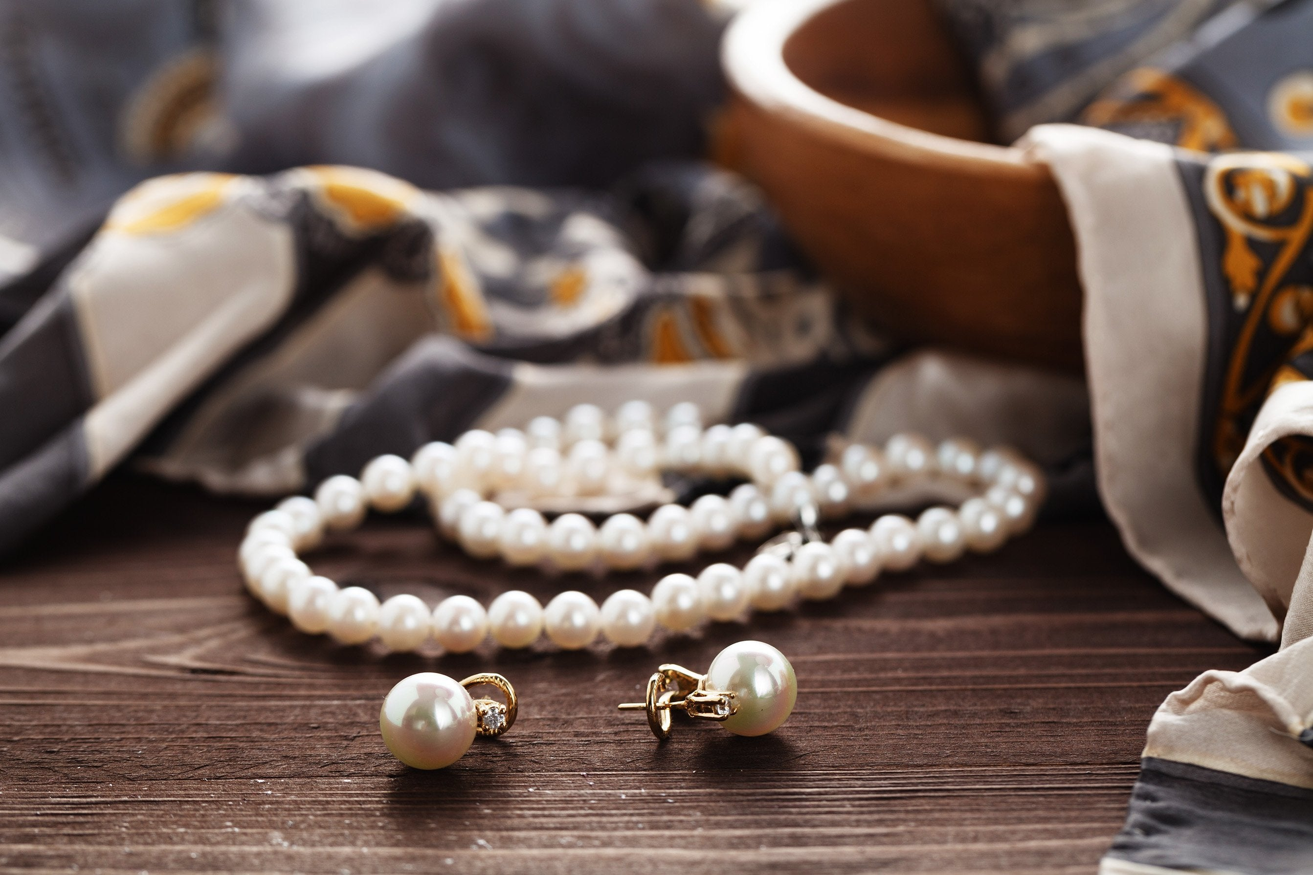 Pearl jewellery sets: Latest designs for daily wear