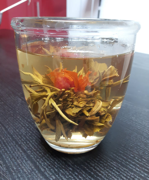 Tea blooming