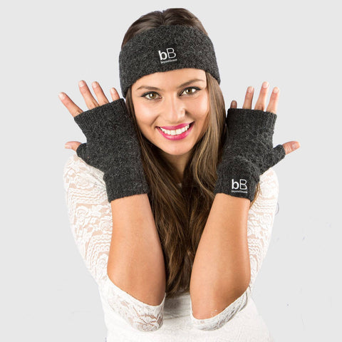 beyondBeanie bB grey spring time gloves, fashion pair of gloves