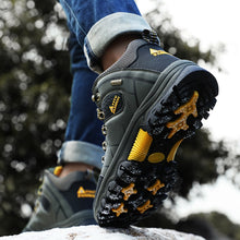 Load image into Gallery viewer, Winter Men Warm Comfort Plush Leather Waterproof Outdoor Safety Footwear