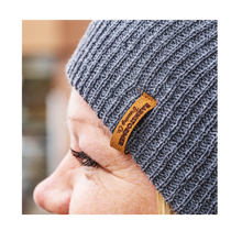 Load image into Gallery viewer, Slouchy Wool Toque