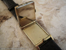 Load image into Gallery viewer, Rare All Original Bulova 'Flip Top', Manual, 22x39mm