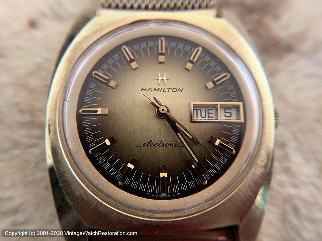 Hamilton Seventies Style Electronic Cal 702 Day-Date , Electric, Huge 37x41mm