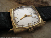 Load image into Gallery viewer, Minty Square 'TV Style' LeCoultre in 14K Gold Case, Manual, 26x26mm