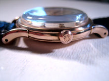 Load image into Gallery viewer, Omega 18k Rose Gold Constellation, Automatic, Large 35.5mm