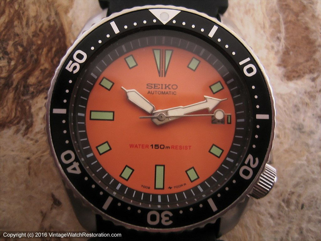 Exquisite Seiko 150M Divers with Orange Dial, Automatic, 42.5mm