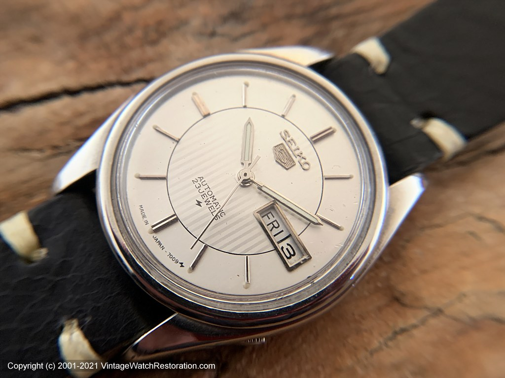 Seiko '5' Two Tone Silver Dial with Tuxedo Striped Design Inside, Day-Date , Automatic, 36.5mm