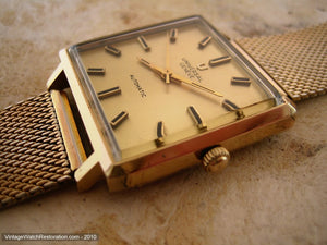 Very Large Square Universal with Gold Dial, Automatic, 30x30mm
