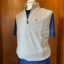 Load image into Gallery viewer, Fairway & Greene Baruffa Merino Quarter Zip Windvest