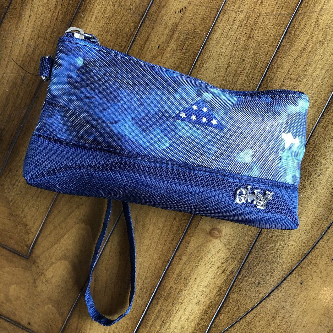 Glove It Women's Navy Camo Wristlet