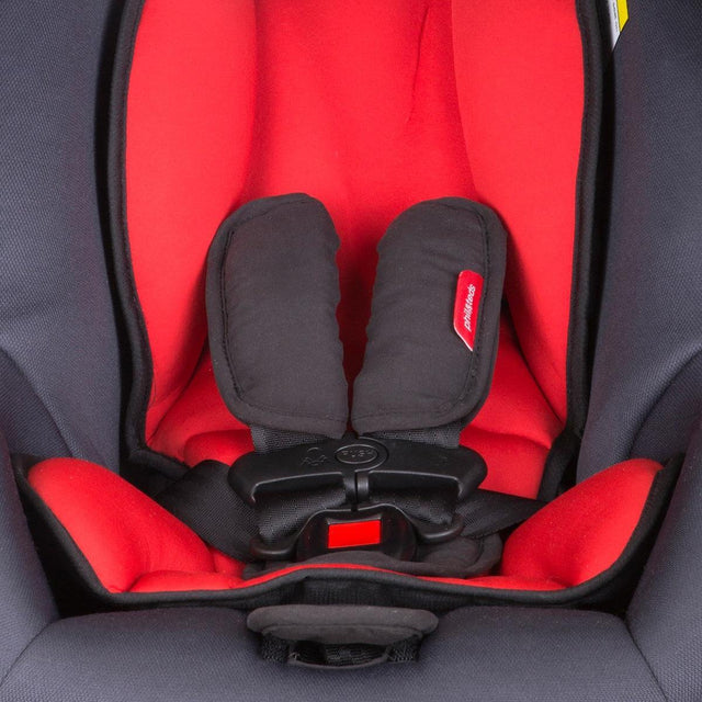 phil&teds alpha car seat close up of 5 point safety harness_black