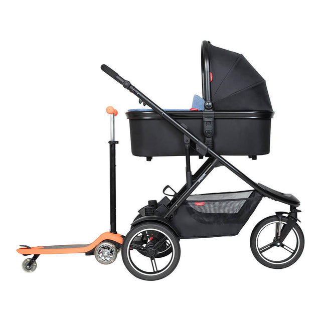 phil&teds dash inline buggy with snug carrycot in lie flat mode and freerider in rear