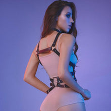 Load image into Gallery viewer, Harness for women with a caged chest all the waist. Waist strap to neck included.