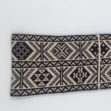 Load image into Gallery viewer, Fair Isle Black and White headband