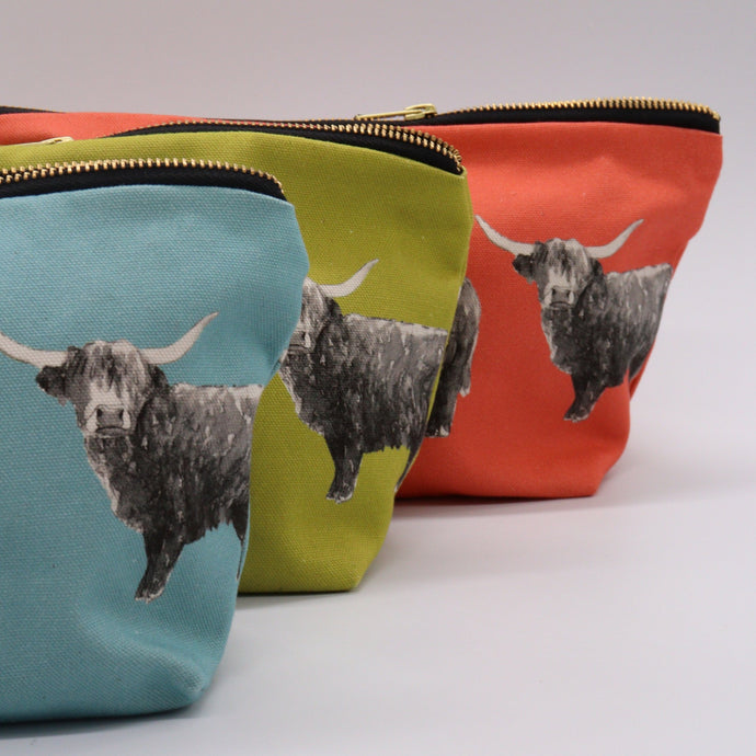 Highland Cow Wash Bags