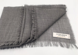 Lightweight fine cashmere scarf in grey  Edit alt text