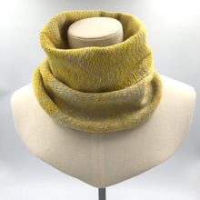Load image into Gallery viewer, Yellow and white wool cowl, hand knitted by Olive Pearson