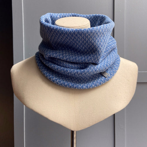 Olive Pearson merino lambswool cowl in blue
