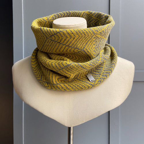 Perth Cowl Piccalilli and Mid Grey