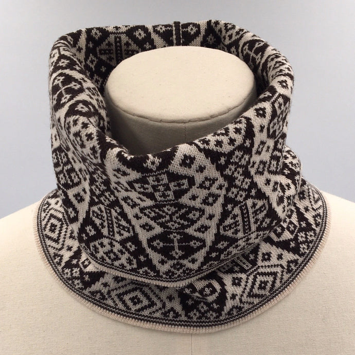 Black and white superfine merino wool Fair Isle cowl