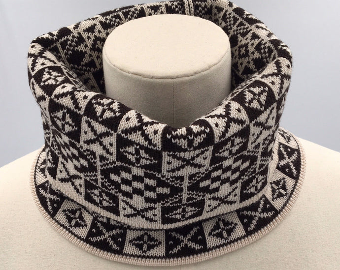 Black and White Fair Isle Cowl, Saltire Design