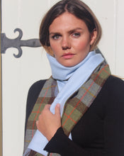 Load image into Gallery viewer, Harris Tweed scarf Macleod