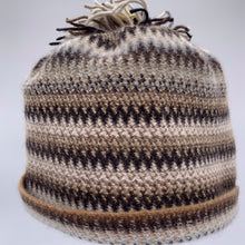 Load image into Gallery viewer, Coffee shop merino angora hat
