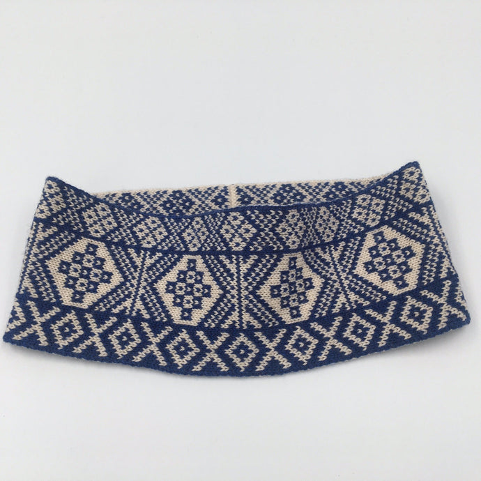Reversible Fair Isle headband blue and white