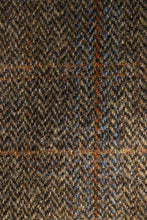 Load image into Gallery viewer, Cora coat Harris Tweed detail