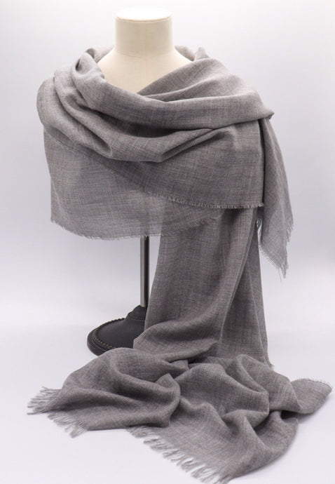 fine grey cashmere stole, made inScotland