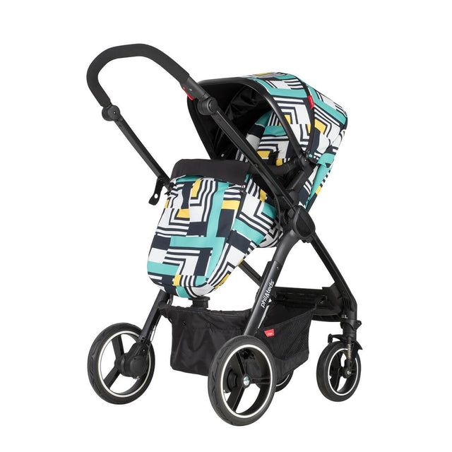 phil&teds mod stroller in abstract colour with cosy toe fitted and main seat in parent facing mode 3/4 view_abstract
