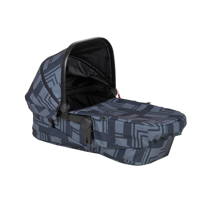 phil&teds mod carrycot in noir colour 3/4 view_noir