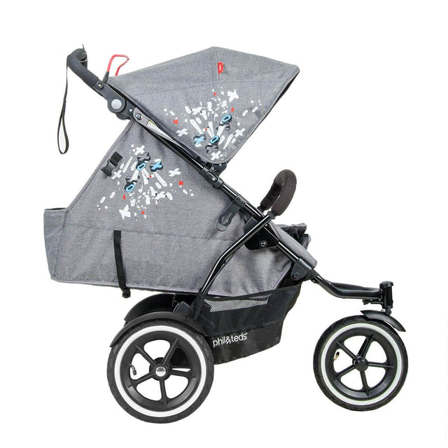 phil&teds sport v5 all terrain inline stroller with autostop in graffiti in newborn position side view_graffiti