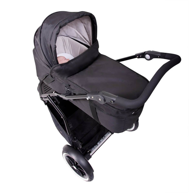 phil&teds 2015-2019 snug carrycot attached to buggy 3/4 view_black